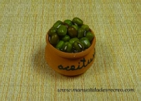 aceitunas verdes - Cuenco de aceitunas verdes