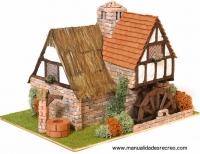 Maqueta de casa molino