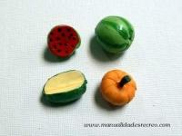 Juego de cuatro frutas