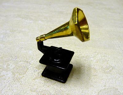 Gramofono en miniatura - Gramofono o tocadiscos en miniatura.