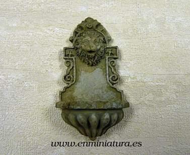 Fuente de piedra - Fuente de pared en miniatura
